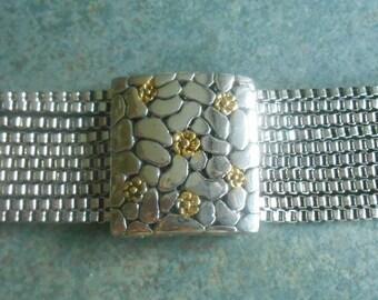 Vintage Bracelet Multi Chain Floral Magnetic Clasp