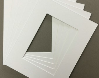 Package of (5) 18x24 White Picture Mats with White Core Bevel Cut for 13x19  Pictures