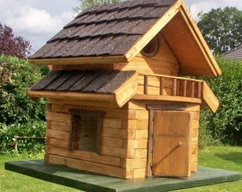 Block house with roof shingles