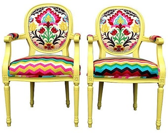 Pair of French Louis armchairs painted Citron upholstered in Chevron and Ikat upholstery fabric Yellow Chartreuse French Louis XVI Dining