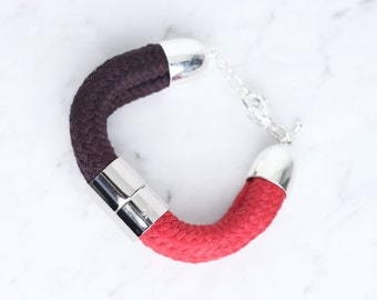 Bracelet in red and purple with chrome