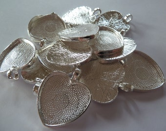 10 x silver plated heart pendant trays
