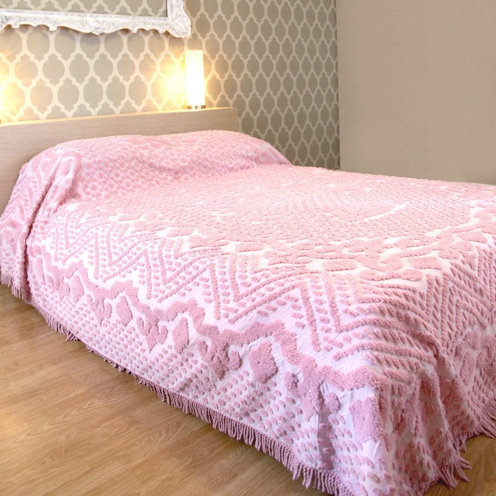 Vintage Pink Chenille Queen Bedspread Blanket