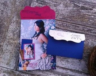 Graduation Announcements // 25 Custom Folded invitations