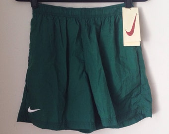 Deadstock Nike Hunter Green Athletic Shorts Boys Size Extra Large