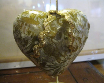 Golden Angels Victorian Style Paper Mache Puffy Heart Decoupage Christmas Ornament