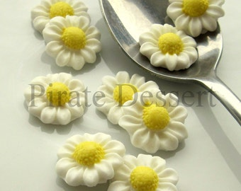 Sugar Daisy Cake Decoration : WHITE Sugar Flowers Assorted size Silver Fondant Blossoms