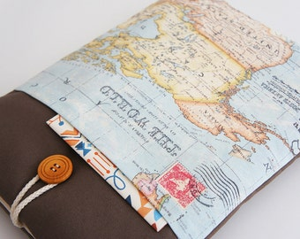 World Map ipad cover, iPad Sleeve, iPad Case, Padded, PC tablet Case : With Front Pocket and Wood Button