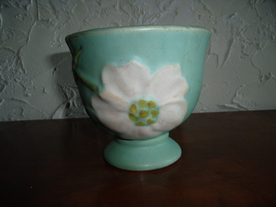 Vintage 1920s Green Weller Squat Vase Dogwood Pattern