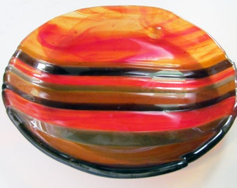 Fused glass plate, Amber Lined Candy Dish, full-fused and slumped glass dish, fused glass, slumped glass, glass art, Home Decor, Handmade