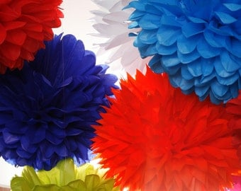 Tissue Paper Pom poms - Set of 6 - Decorations//Parties Decor//Nursery//Ceremony