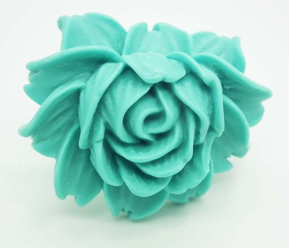 Ring, oversized, huge flower, Tiffany kind of blue. Romantic and charming.