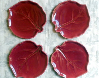 Set of 4 Burgundy Leaf Plates