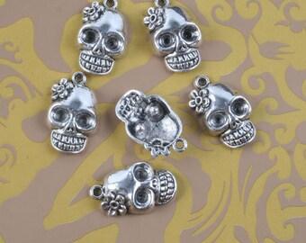 8pcs Tibetan silver flower skull pendant h0355