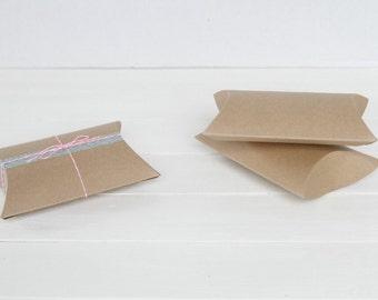 50 4.5 x 4.5 x 1.5 Kraft Pillow Boxes, Wedding Favors, Jewlry Packaging,Wedding Favor boxes, Packaging