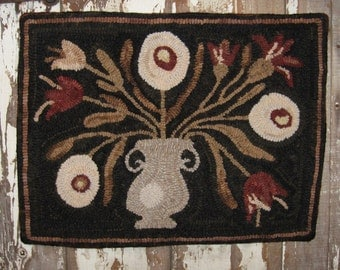 Primitive TULIP & PEONY Hand Hooked Rug