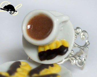 Tea & Chocolate Viennese Biscuit Ring (In Stock)