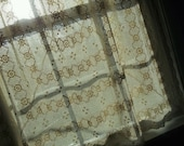 Vintage, Hand Crocheted Ivory Table Cloth, Bohemian Gypsy Curtain Boho Coverlet Wedding Tablecloth Lace Bedroom Drapes Summer Bedspread Wrap