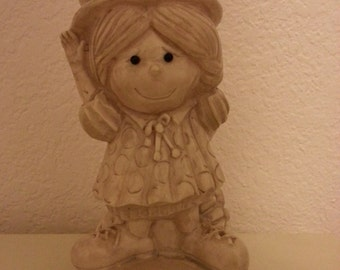 """W&R Berries Co. 1970 Figurine that says """"Be Nice To Me Or You Won't Get No Goodies"""""""