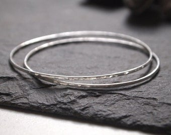 Minimal silver bangles, skinny Argentium silver stacking bangle, hammered thin polished silver stacker bangle, one bangle only