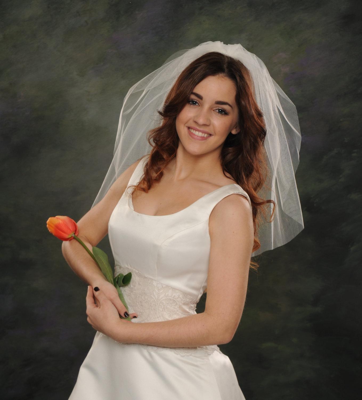 Short Wedding Veils 1 Layer 26 White By JacksonBridalVeils