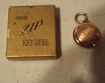 Cross Zip Key Reel in Original box Key Finder