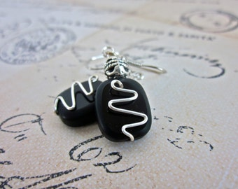 Onyx Zig Zag Silver Wire Wrapped Earrings