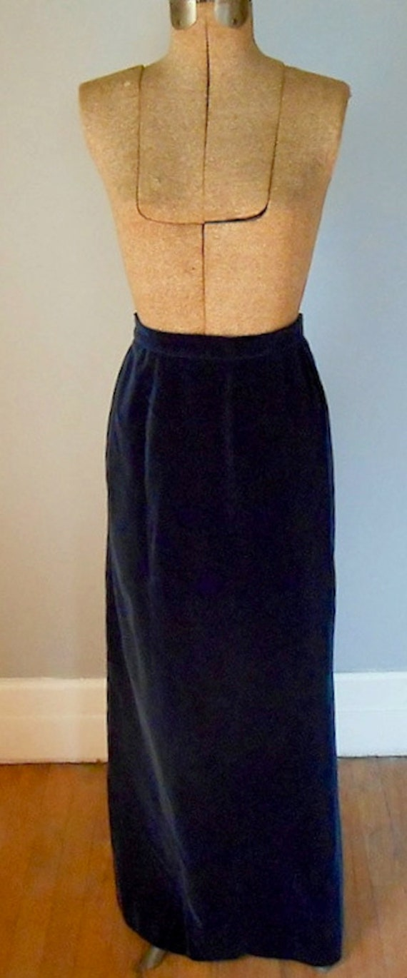 clearance navy velvet maxi skirt vintage womens by mdmvintage