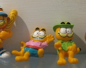 4 Vintage GARFIELD toys plastic and rubber