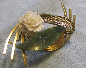 Pin, Estate Piece, Ivory Rose Jade Leaf with Filigree & Golden Swirl, Art Deco, Mid Century ~ BreezyTownship.etsy.com BP020