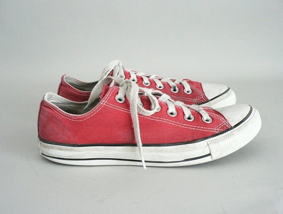 Mens Vintage Red Converse Tennis Shoes Size 7 Men Size 9 Women