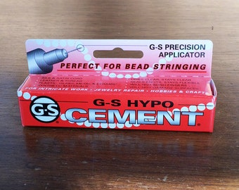 G-S-Hypo Cement with G-S Pescision Applicator for Fine detailed work. 9 ml, 1/3 Fl oz