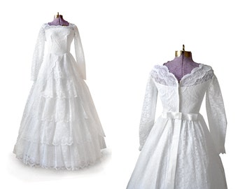 Sale 1950s wedding dress floral tulle and organza 50s for How to ship a wedding dress usps