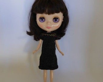 Neo Blythe or Bratz Doll Hand Knit Charcoal Grey Dress with Embroidered Flowers at neck