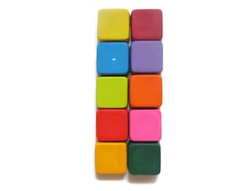 Square Crayons set of 20 - party favors - shaped crayons