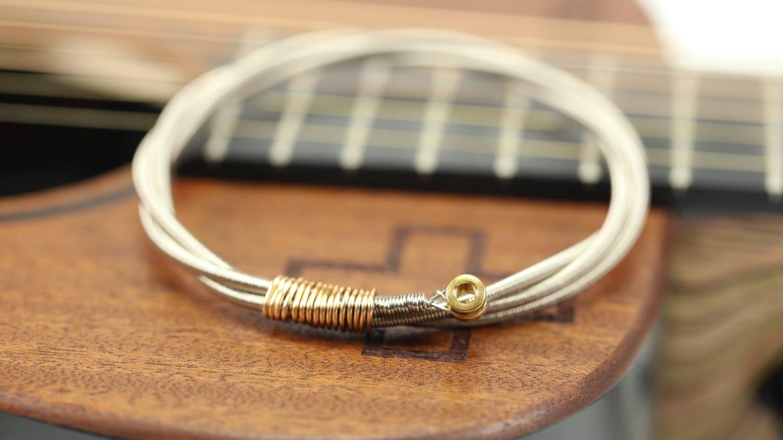 mens guitar bass string bangle bracelet with bass ball ends. Black Bedroom Furniture Sets. Home Design Ideas