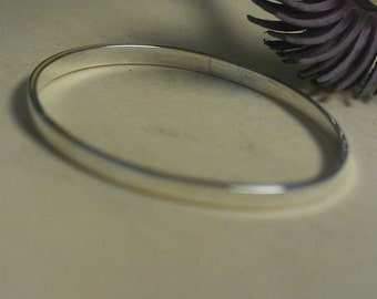 Silver wedding band. Men and ladies silver wedding band. Stack ring