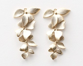 3050004 / 4 Linked Flowers Set / 16k Matt Gold Plated Brass Connector 21mm x 40mm / 2.6g / 2pcs
