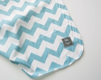 MILKY BLUE and white chevron jersey knit baby swaddle blanket. Soothing blanket. Stroller blanket. receiving