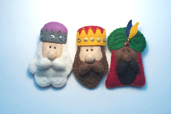 Items similar to the three wise men felt brooches or - Adornos arbol navidad fieltro ...