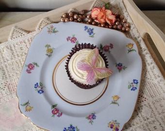 Vintage Windsor Flower patterned Bone China cake plate