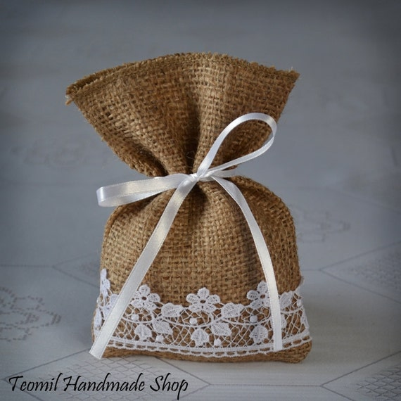 Items For Wedding Gift Bag : Items similar to Candy Favor Bag, Wedding Burlap Gift Bag, Guest Favor ...