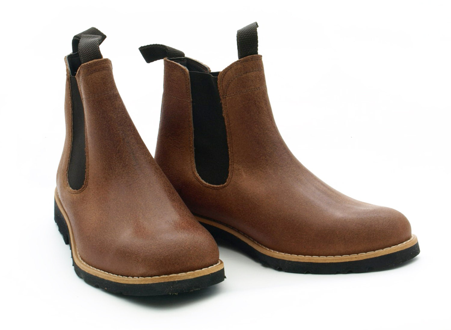 leather boots recycled tyre soles portugal portuguese
