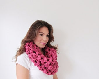Chunky Cowl Crochet Womens Scarf Super Bulky Scarf - The Berry - in Raspberry