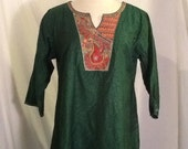 Vintage caftan top tunic made in India beautiful embroidery size medium large