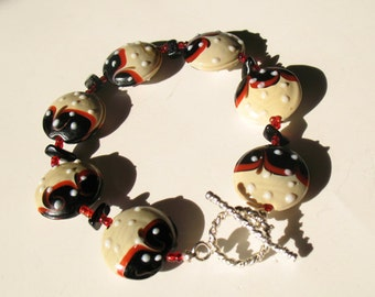 Black and Tan Lampwork Glass and Gemstone Bracelet. Handmade Lampwork Glass Bracelet.