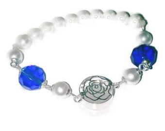 Pearl Bracelet ~ White Pearl Bracelet ~ Flower Bracelet ~  Stretch Bracelet ~ Bridesmaid Bridal Jewelry ~ Blue Pearl Flower Bracelet