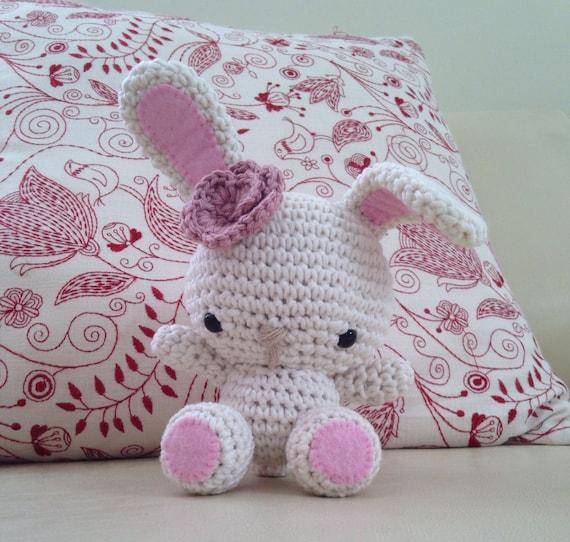 Etsy Amigurumi Bunny : Amigurumi bunny by Elisascrochet on Etsy