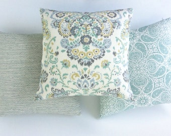 12 Sizes Available: One Seafoam Mint Zipper Pillow Cover 12x18 18x18 16x16 22x22 26x26 Light Green Zipper pillow cover-A4N0