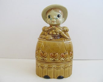 Granny Cookie Jar, Cookie Jars, Vintage Cookie Jars, Grandma Cookie Jar, Japan, Vintage Kitchen, Kitchen Decor, Cabin, Cottage